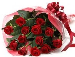 Niğde online çiçek gönderme sipariş  10 adet kipkirmizi güllerden buket tanzimi