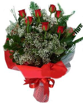 7 kırmızı gül buketi  Niğde uluslararası çiçek gönderme