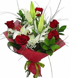 1 dal kazablanka 5 kırmızı gül buketi  Niğde anneler günü çiçek yolla