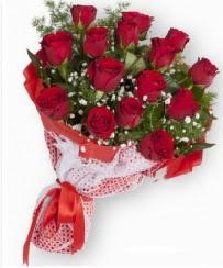 11 adet kırmızı gül buketi  Niğde çiçekçiler