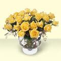 Niğde çiçek yolla , çiçek gönder , çiçekçi   11 adet sari gül cam yada mika vazo içinde