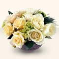 Niğde hediye sevgilime hediye çiçek  9 adet sari gül cam yada mika vazo da  Niğde kaliteli taze ve ucuz çiçekler
