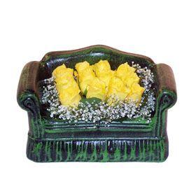 Seramik koltuk 12 sari gül   Niğde çiçek yolla