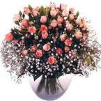 büyük cam fanusta güller   Niğde yurtiçi ve yurtdışı çiçek siparişi
