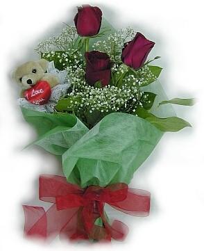 3 adet gül ve küçük ayicik buketi  Niğde internetten çiçek satışı