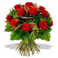9 adet kirmizi gül ve kir çiçekleri  Niğde çiçek , çiçekçi , çiçekçilik