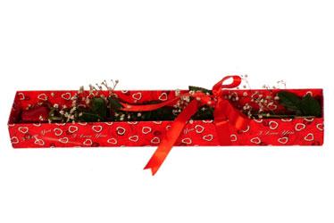 Niğde çiçek yolla , çiçek gönder , çiçekçi   kutu içerisinde 1 adet kirmizi gül