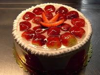 Meyvali yas pasta 4 ile 6 kisilik pasta  Niğde çiçek satışı