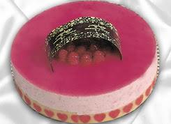 pasta siparisi 4 ile 6 kisilik yas pasta framboaz yaspasta  Niğde hediye sevgilime hediye çiçek