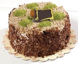 pasta gönderme 4 ile 6 kisilik çikolatali yas pasta  Niğde İnternetten çiçek siparişi