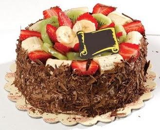 pastaci firmasindan 4 ile 6 kisilik çikolata meyvali yaspasta  Niğde çiçek satışı