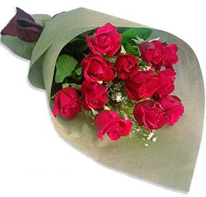 Uluslararasi çiçek firmasi 11 adet gül yolla  Niğde 14 şubat sevgililer günü çiçek