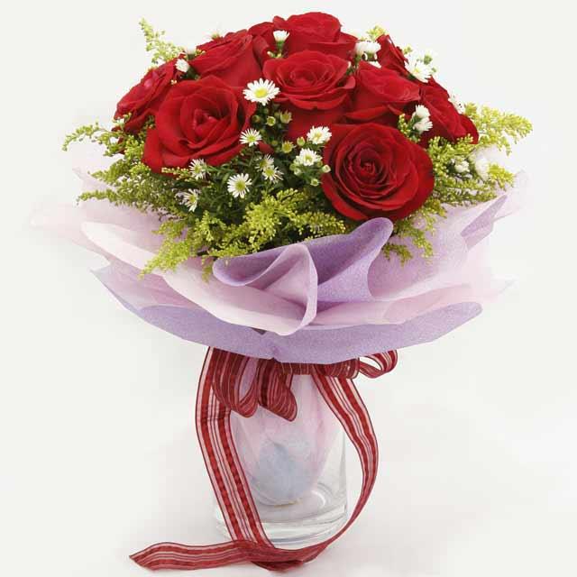 Çiçek gönderme estetikliginiz 11 gül buket  Niğde çiçekçi telefonları