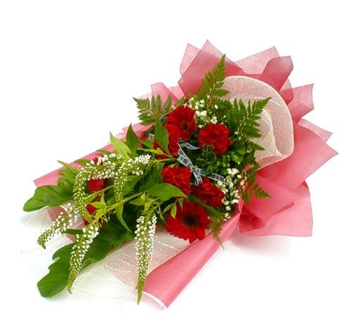 Karisik çiçek buketi mevsim buket  Niğde çiçek satışı