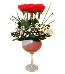 Niğde ucuz çiçek gönder  cam kadeh içinde 7 adet kirmizi gül çiçek