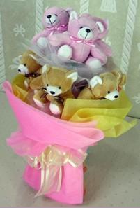8 adet ayiciktan buket  Niğde internetten çiçek satışı