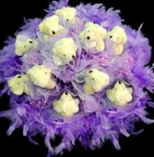 11 adet pelus ayicik buketi  Niğde çiçek gönderme sitemiz güvenlidir