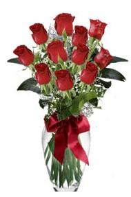 11 adet kirmizi gül vazo mika vazo içinde  Niğde çiçek siparişi vermek