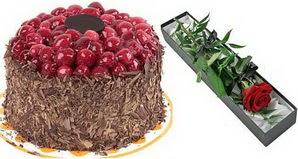 1 adet yas pasta ve 1 adet kutu gül  Niğde internetten çiçek siparişi