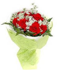 Niğde çiçek gönderme sitemiz güvenlidir  7 adet kirmizi gül buketi tanzimi
