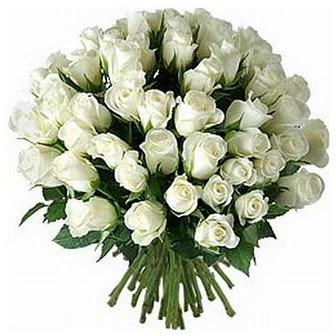 Niğde uluslararası çiçek gönderme  33 adet beyaz gül buketi