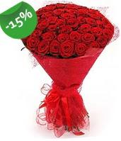 51 adet kırmızı gül buketi özel hissedenlere  Niğde çiçek satışı