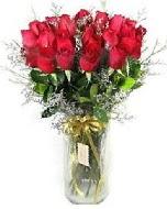 27 adet vazo içerisinde kırmızı gül  Niğde kaliteli taze ve ucuz çiçekler
