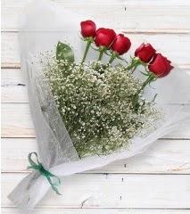 5 kırmızı gülden sade buket  Niğde yurtiçi ve yurtdışı çiçek siparişi