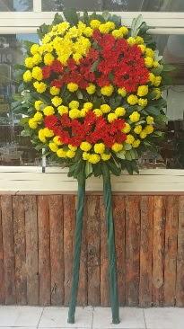 Cenaze çelengi çiçek modeli  Niğde 14 şubat sevgililer günü çiçek