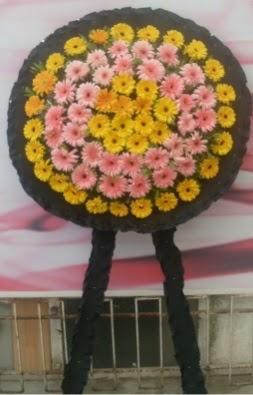 Görsel cenaze çiçeği  Niğde ucuz çiçek gönder
