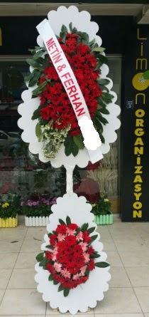Çift katlı düğün nikah çiçeği modeli  Niğde çiçek satışı