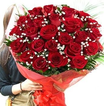 Kız isteme çiçeği buketi 33 adet kırmızı gül  Niğde güvenli kaliteli hızlı çiçek