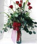 Niğde çiçek satışı  7 adet gül özel bir tanzim