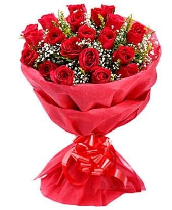 21 adet kırmızı gülden modern buket  Niğde online çiçekçi , çiçek siparişi