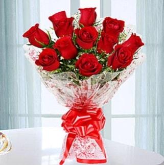 11 adet kırmızı gülden görsel şık buket  Niğde çiçek yolla