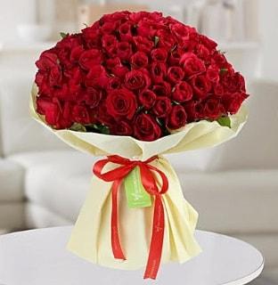 101 adet kırmızı gül buketi koca demet  Niğde hediye çiçek yolla
